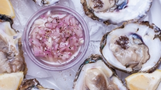 Oysters and Mignonette Sauce